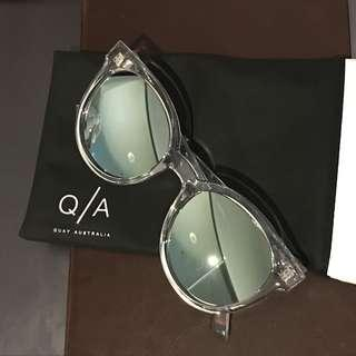 Quay Like Wow Sunnies