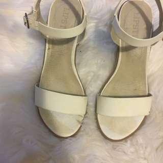 Lipstik white strappy heels