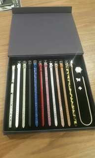 Ladies Fashion Watch - interchangeable straps