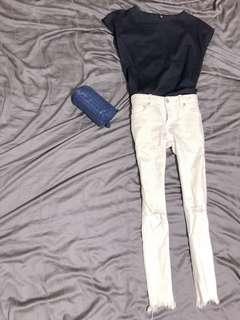 🚚 Uniqlo經典深藍小包袖絲光綿質感好硬挺舒適上衣