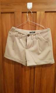 Cute Shorts iora