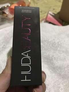 Huda beauty  foundation