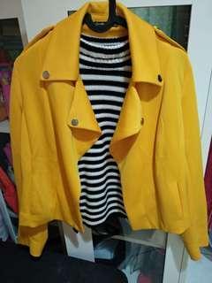 Stradivarius Yellow Jacket