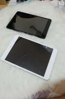 iPad Mini 64GB Wifi + Cellular Bundle ( Black and White )