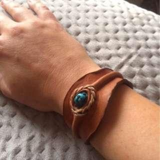 Leather and wood bracelets - unisex AS NEW