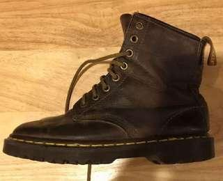 Doctor Martens 8 Eye Boots Brown