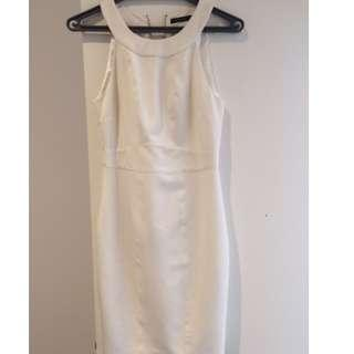 Portmans classy white fitted dress with rose gold back zip, size 10