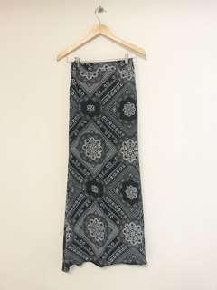 A-cut long Skirt printed