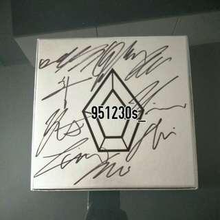 [WTS] Pentagon Mwave signed album Ceremony
