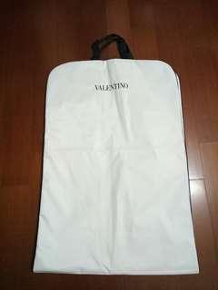 🚚 VALENTINO 防水收納衣袋