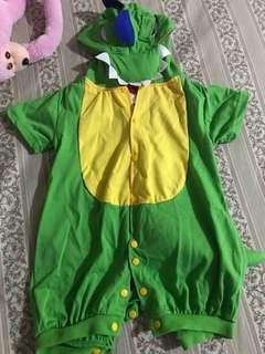 Dinosaur costume for trick or treat