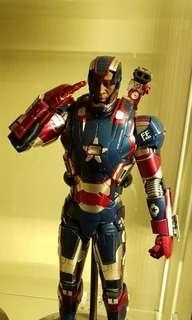 Hot Toy Iron Patriot