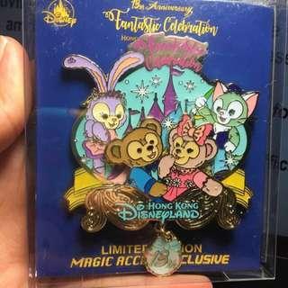 迪士尼徽章 襟章 Disney 13週年jumbo pin