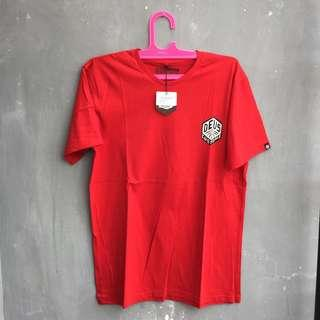 T-shirt deus