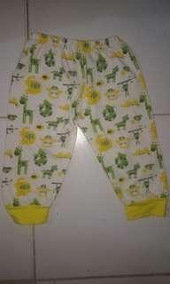 celana baby size 6-9 month#1010