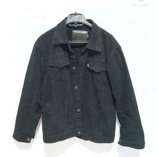 Oversize black denim jacket / trucker jacket