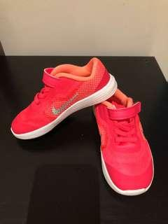 Nike Girl sport/ racer shoes in pink