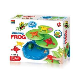 Family fun jumping frog flipping frog game with 9pcs jumping frogs and 3pcs lotus leaves base Educatinoal Toys for 2-4 Players