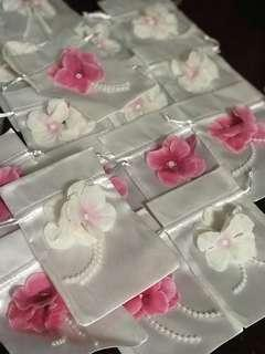 20pcs satin draws bags with flowers and pearl attached