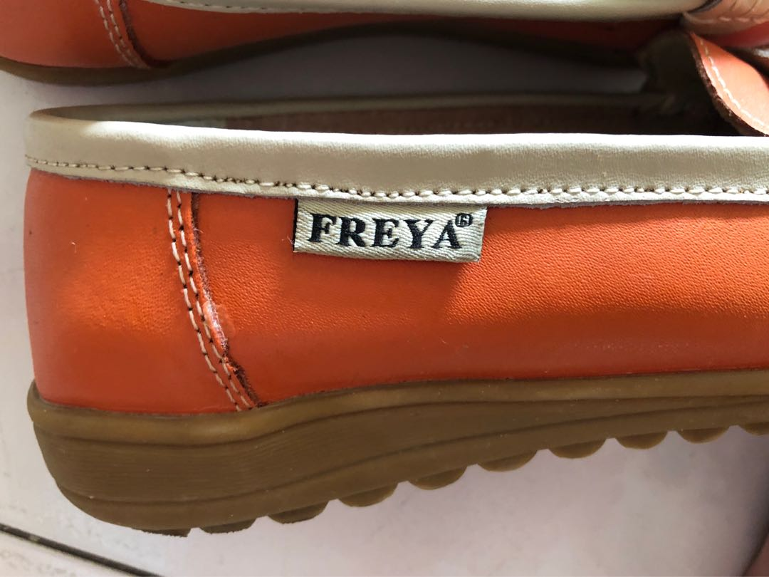 182349764 Home · Women s Fashion · Shoes · Flats   Sandals. photo photo ...