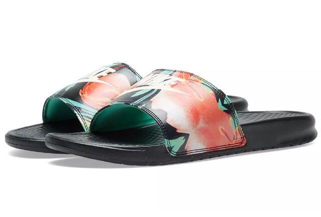 ff05d81410ce Nike Benassi Floral