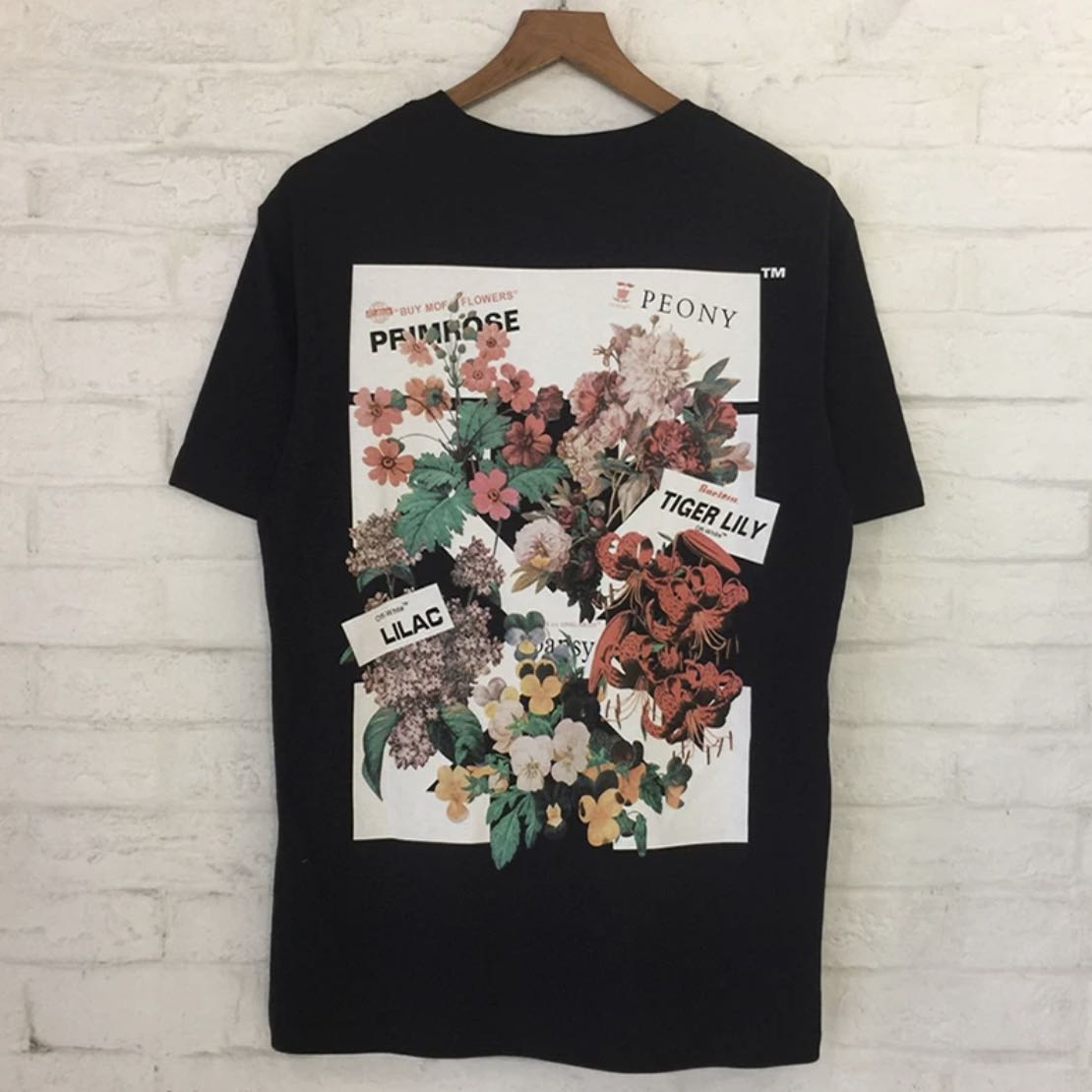 18c4c4cc8394 Off White Floral Peony Streetstyle Shirt