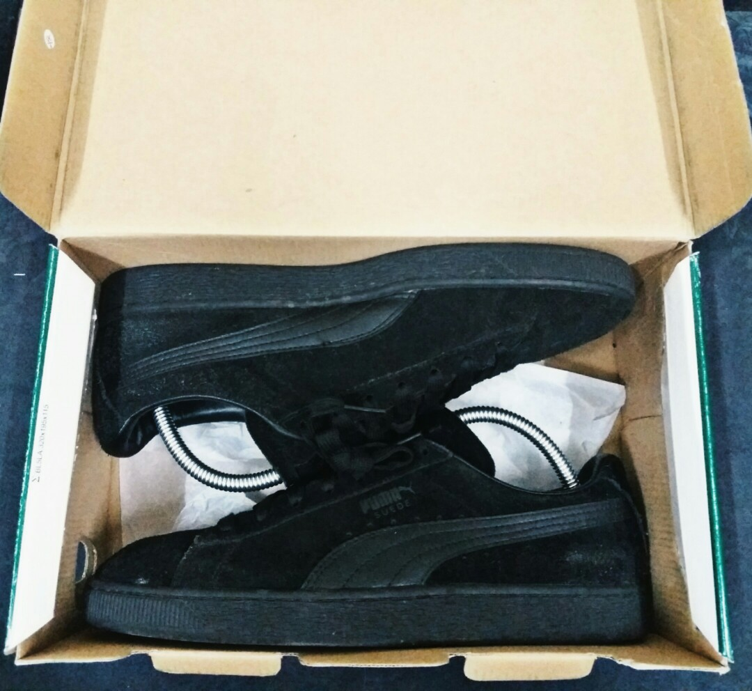 62138f46436495 PUMA SUEDE BLACKOUT