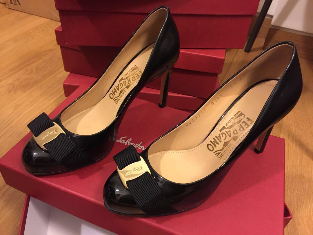 97eba5ac987 Salvatore Ferragamo Pimpa Heels (Size 4.5C)
