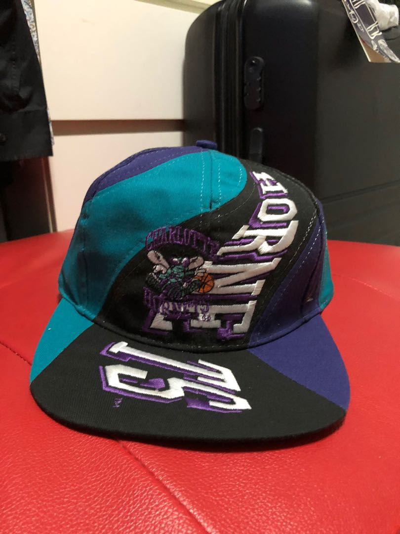 5050bb365f0e06 Vintage Charlotte Hornets Snapback, Men's Fashion, Accessories, Caps ...