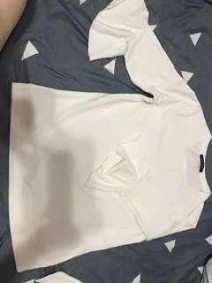 白色荷叶边上衣修身五分喇叭袖打底衫女