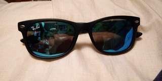Ray Ban 兒童太陽眼鏡