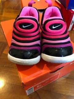 二手👍🏻Nike Dynamo Free 幼童鞋/波鞋/運動鞋/蟲蟲鞋