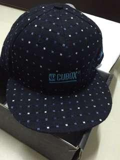 🚚 CUBOX 棒球帽 造型點點(深藍/可議價)