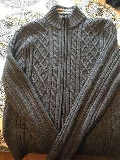 By American XL zip up sweater