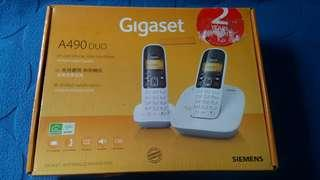 (Old Stock) 1 set (White) Siemens Gigaset A490 Duo Cordless Phone