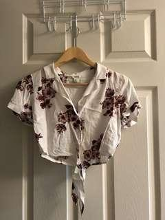 Floral cropped top size S
