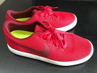 Original Nike Me's Shoe (Red)