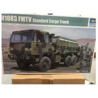 Trumpeter M1083 FMTV Standard Cargo Truck (1:35) #01007