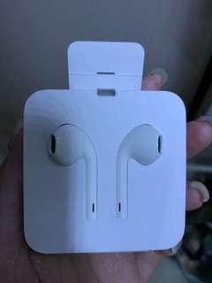Iphone7以上適用的耳機