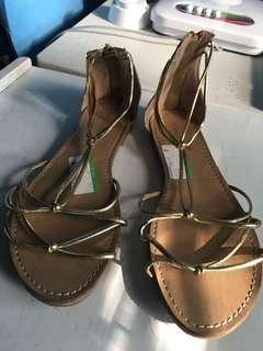 Strappy Sandals Gold