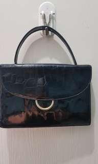 Elegant Baguette Bag