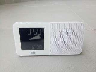 Braun radio clock bnc010wh-rc