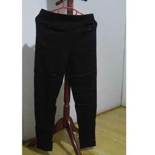 🚚 MIT彈性黑褲