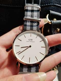 PRELOVED DANIEL WELLINGTON ORIGINAL