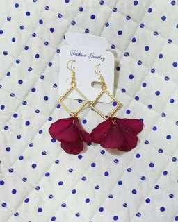 Triangle Flower Earing