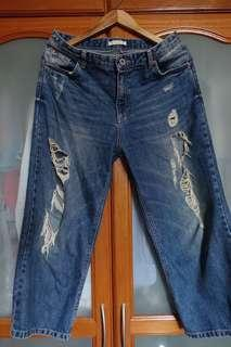 Pull & Bear Destroyed Jeans