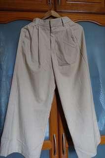 GU Basic Culottes