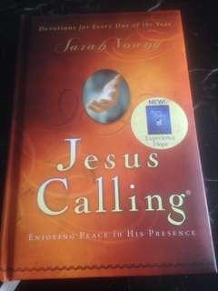 Jesus Calling - Enjoying Peace in His Presence (Devotions for Every Day of the Year) by Sarah Young (hardcover)