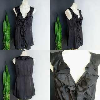 Women's size 10-12 Gorgeous black Sleeveless long ruffle top - AS NEW
