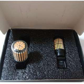 2 x T20 or 7440 Amber Signal LED (No Hyper Flash & CanBus Built-In)